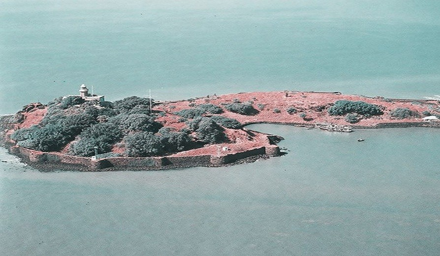 Holi Special trek to Coastal forts Khandheri, Undheri, Koralai & Revdanda on 3 – 4 Mar'18